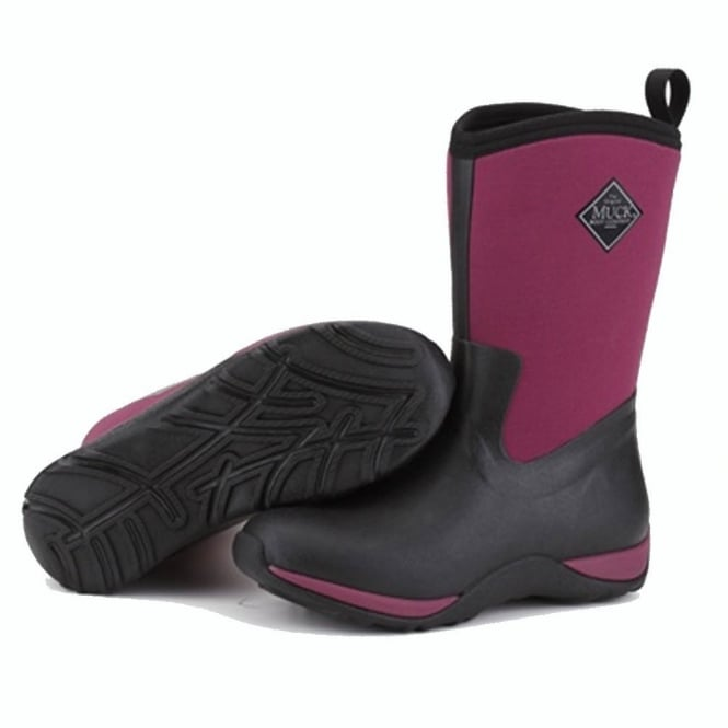 The Muck Boot Company Arctic Weekend Plain Black/Maroon, mid height, lightweight, fleece lined neoprene winter welly