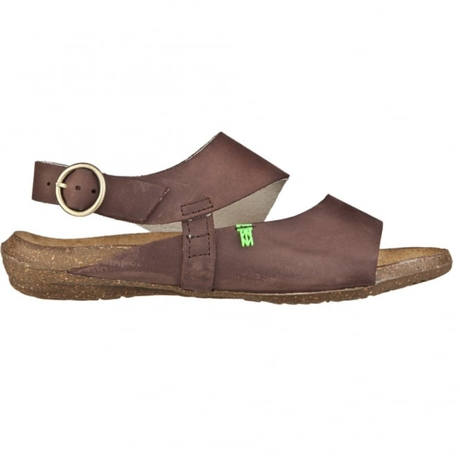 El Naturalista N447 Wakataua Sandal Brown, adapts to the foot's natural shape with its comfort shaping and anatomical insoles