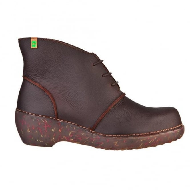 El Naturalista NC75 Boot Brown, ankle boot with a wedge