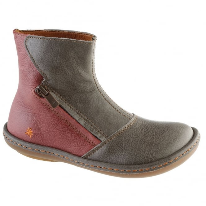 The Art Company A658 Youth/Adult Kio Brunito/Amarante, leather ankle boot perfect for those colder months!