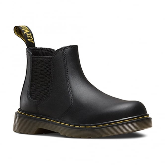 Dr Martens Banzai Boot Youth Black, the classic chelsea boot made for smaller feet