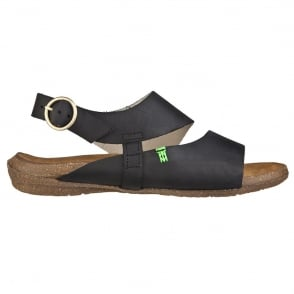 El Naturalista N447 Wakataua Sandal Black, adapts to the foot's natural shape with its comfort shaping and anatomical insoles