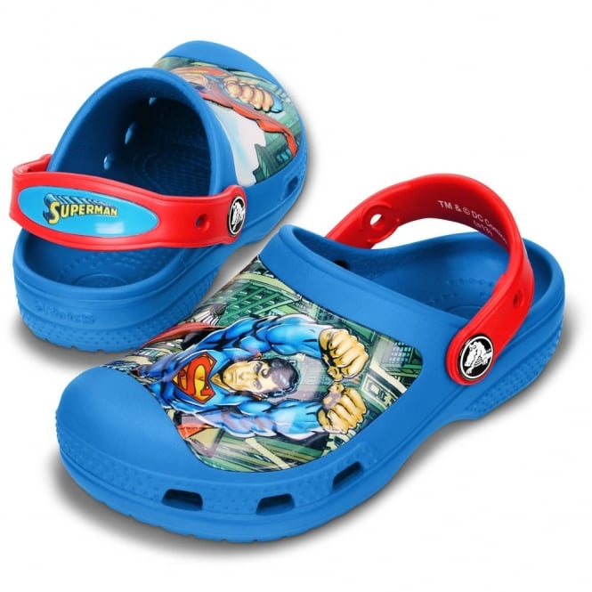 Crocs Creative Superman Clog Sea Blue/Red, Save the world in comfort in clogs topped with Superman!