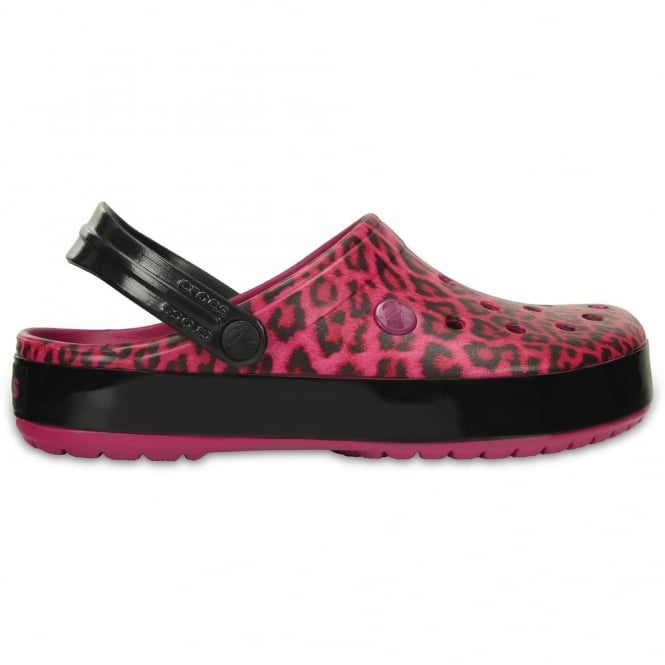 Crocs Crocband Leopard II Clog Berry, the classic Crocband but with a leopard print twist!