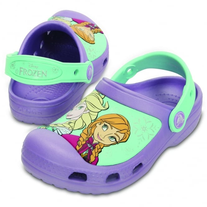 Crocs Kids Frozen Clog Iris, comfort topped with your favourite Disney Princesses!
