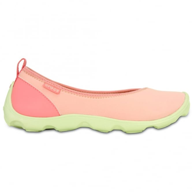 Crocs Womens Duet Busy Day Flat Melon/Stucco, Comfort footbed with soft stretchy shell uppers
