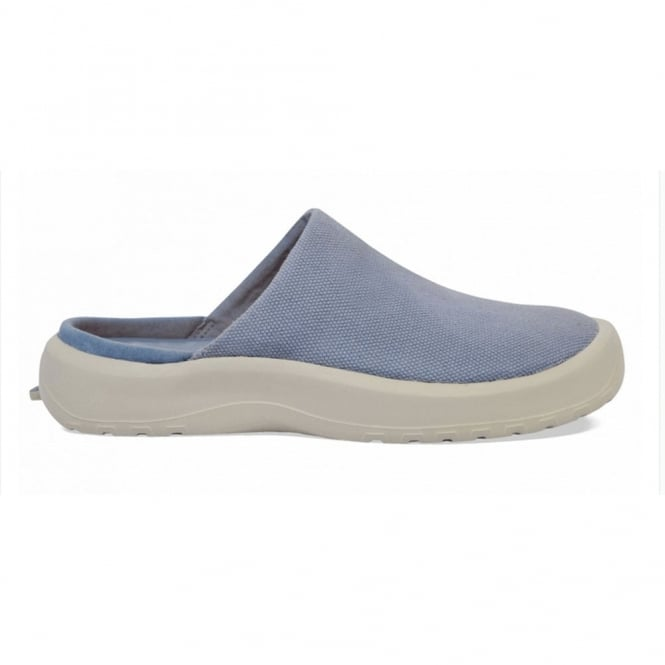 Soft Science Daisy Canvas Light Blue, Lightweight yet supportive slip on clog