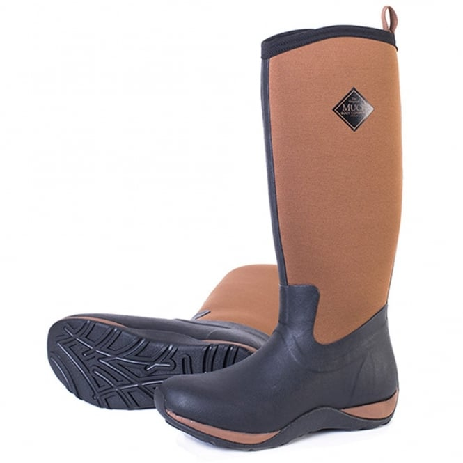 The Muck Boot Company Arctic Adventure Plain Black/Tan, lightweight, fleece lined neoprene winter welly