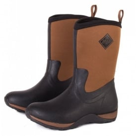 Arctic Weekend Plain Black/Tan, mid height, lightweight, fleece lined neoprene winter welly